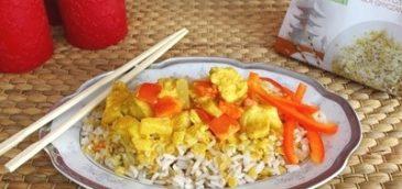 Danie orientalne z kurczakiem i ananasem