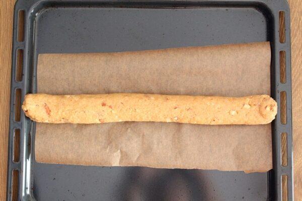 Uformowany wałek z ciasta
