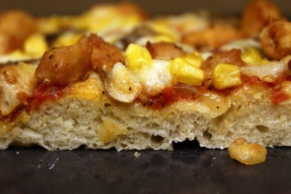 Pizza domowa przekrój