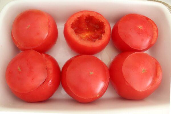Wydrążone pomidory