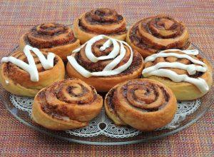 Bułeczki cynamonowe – Cinnamon rolls