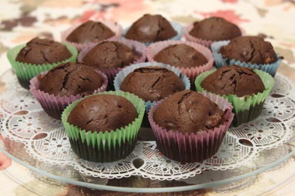 Babeczki czekoladowo-orzechowe