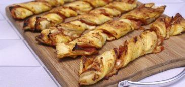 Paluchy z ciasta francuskiego z serem i salami